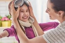 Як правильно хвалити дитину (і що буває, якщо цього не робити)