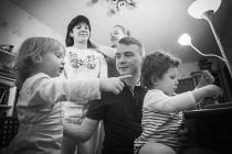 «Приемных детей у нас хотел папа»