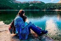 Невидимий зв'язок: Помилки «ідеальних» мам, які можуть дорого коштувати їхнім дітям