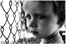 Як допомогти дитині з дитячого будинку вбудуватися у суспільство