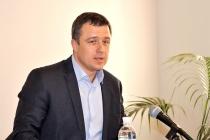 В Україні можуть неправильно порахувати сиріт через звільнення 12 тисяч соцпрацівників – Кулеба