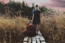 Шлях довжиною в життя: Чому деякі діти ніколи не стають дорослими