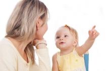 Як розмовляти з маленькою дитиною: 3 важливих принципи
