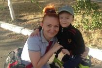 Наталія Назаренко: «Діма не знав, що ніж - гострий, він в дитбудинку ніколи не бачив кухню»