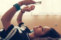 «Голые фотки»: Зачем подросткам секстинг и как от него избавиться