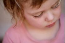 НАВЧАЄМО ДИТИНУ НЕ ЗАСМУЧУВАТИСЯ ЧЕРЕЗ ЇЇ ПОМИЛКИ
